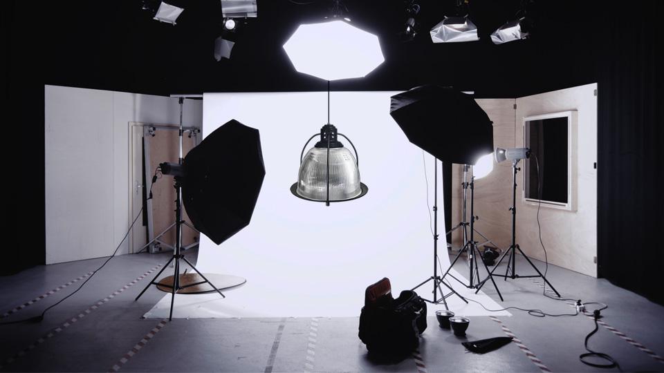 Primelite Mfg - Frame from promotional video